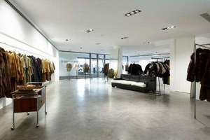 Commercial premise for sale in Almagro, Chamberí, Madrid.