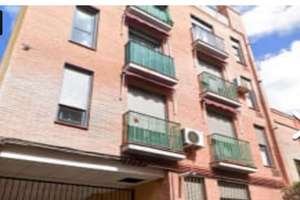 Flat for sale in Vallecas, Madrid.