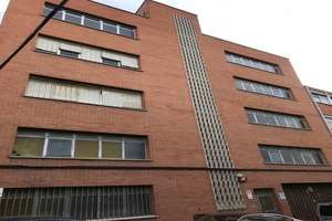 Building for sale in Simancas, San Blas, Madrid.