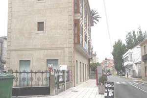 Geschäftslokal in Casco Urbano, Vilanova de Arousa, Pontevedra.